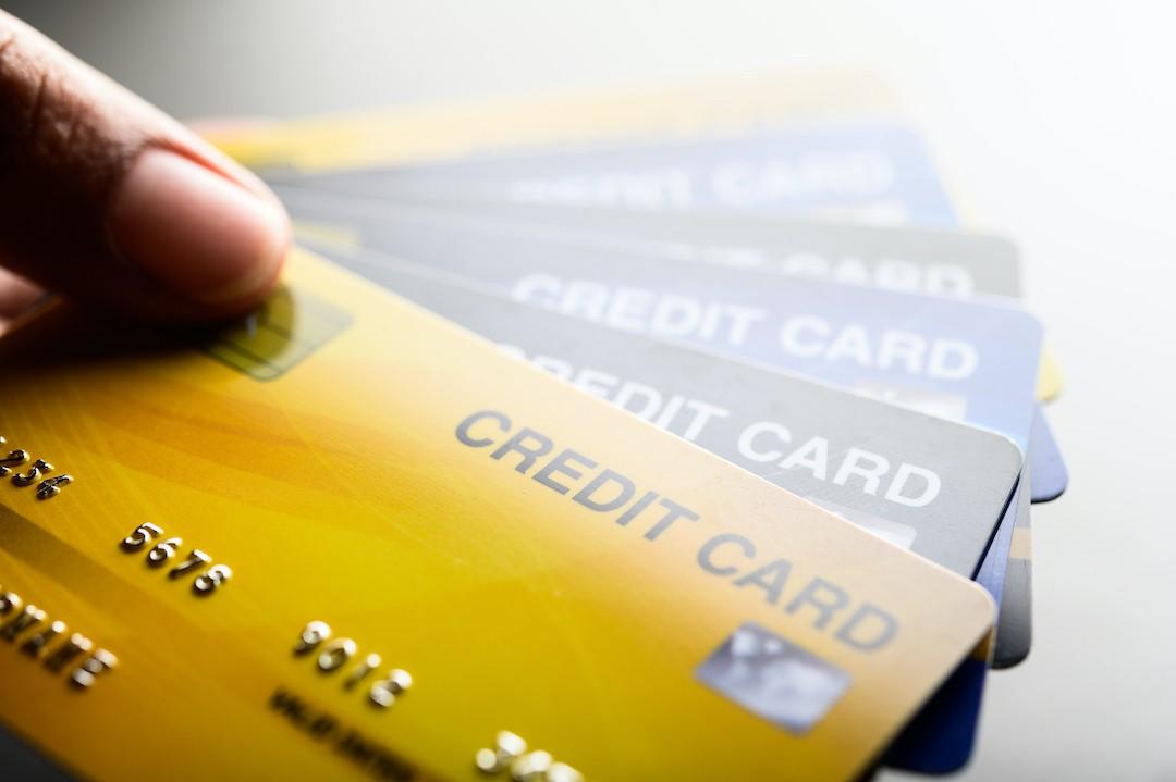 Diferencia entre tarjetas de crédito y débito